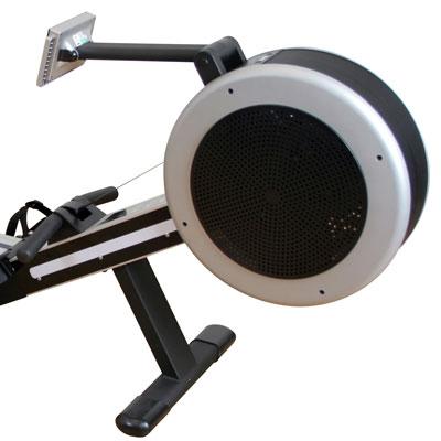 Bilden visar luftmotståndet på en roddmaskin. Ofta har roddmaskinerna en kombination av luftmotstånd och magnetmotstånd som styrs från displayen via olika träningsprogram.